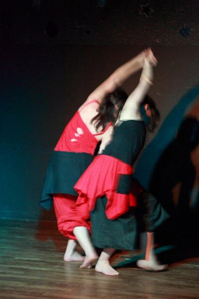 Danse/r Avec - Danses mixtes créatives et spontanées